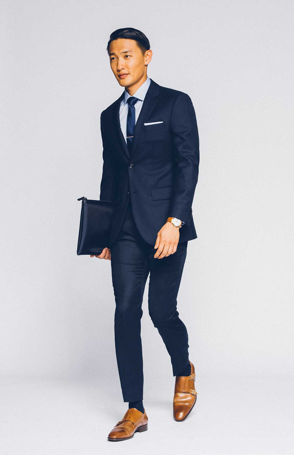 Look like a classic man in our Premium Navy Suit.
